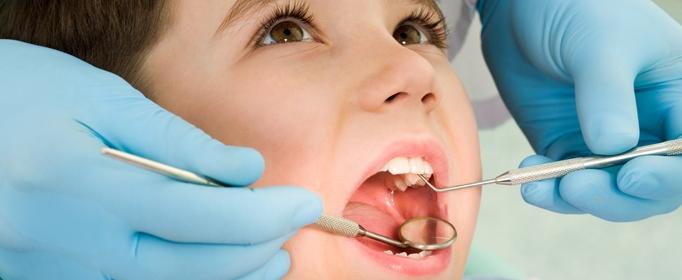 Khám răng cho bé ở hải phòng định kỳ để phát hiện sâu răng sớm